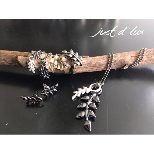 Earring -Leaf fra Just d'lux