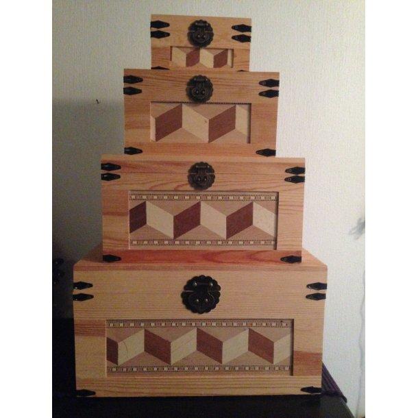 Opbevarings/Pynte kasser i træ. Sæt m/4 stk