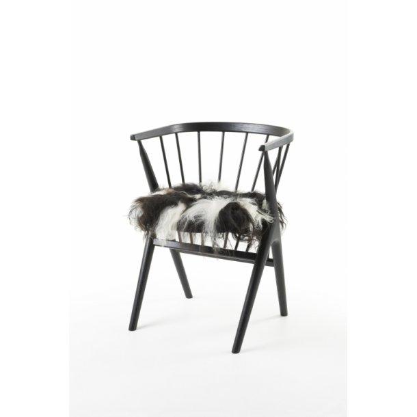 Sædehynde Hvid & Sort 40 x 40 cm. Islandsk Fåreskind LANGHÅRET